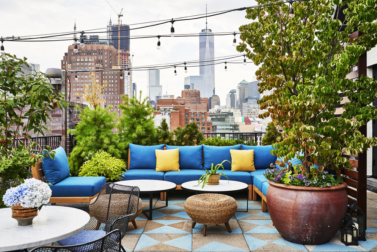 A60 a new rooftop bar in soho the last magazine for Sixty hotel new york