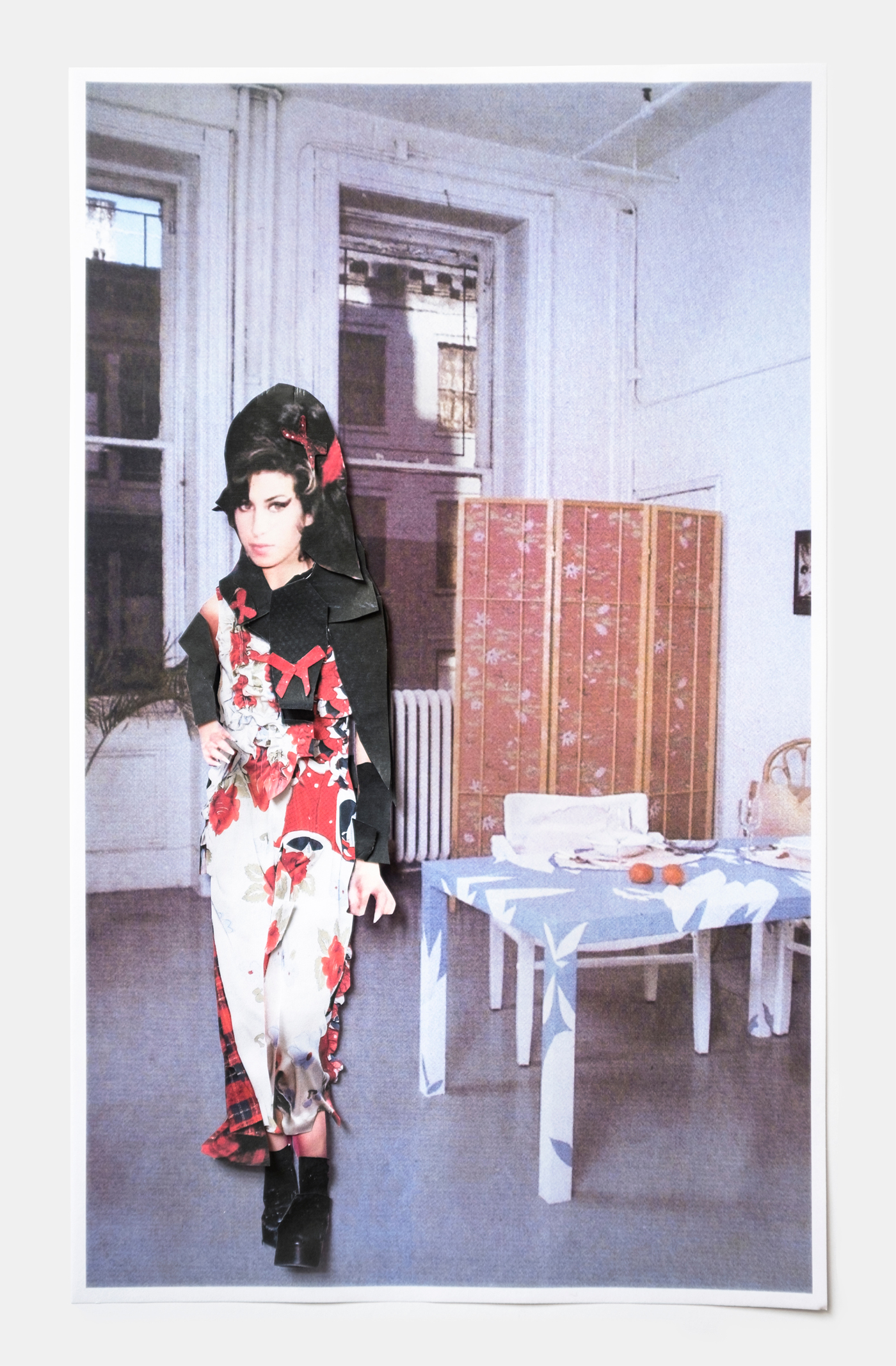 Amy Winehouse in Simone Rocha