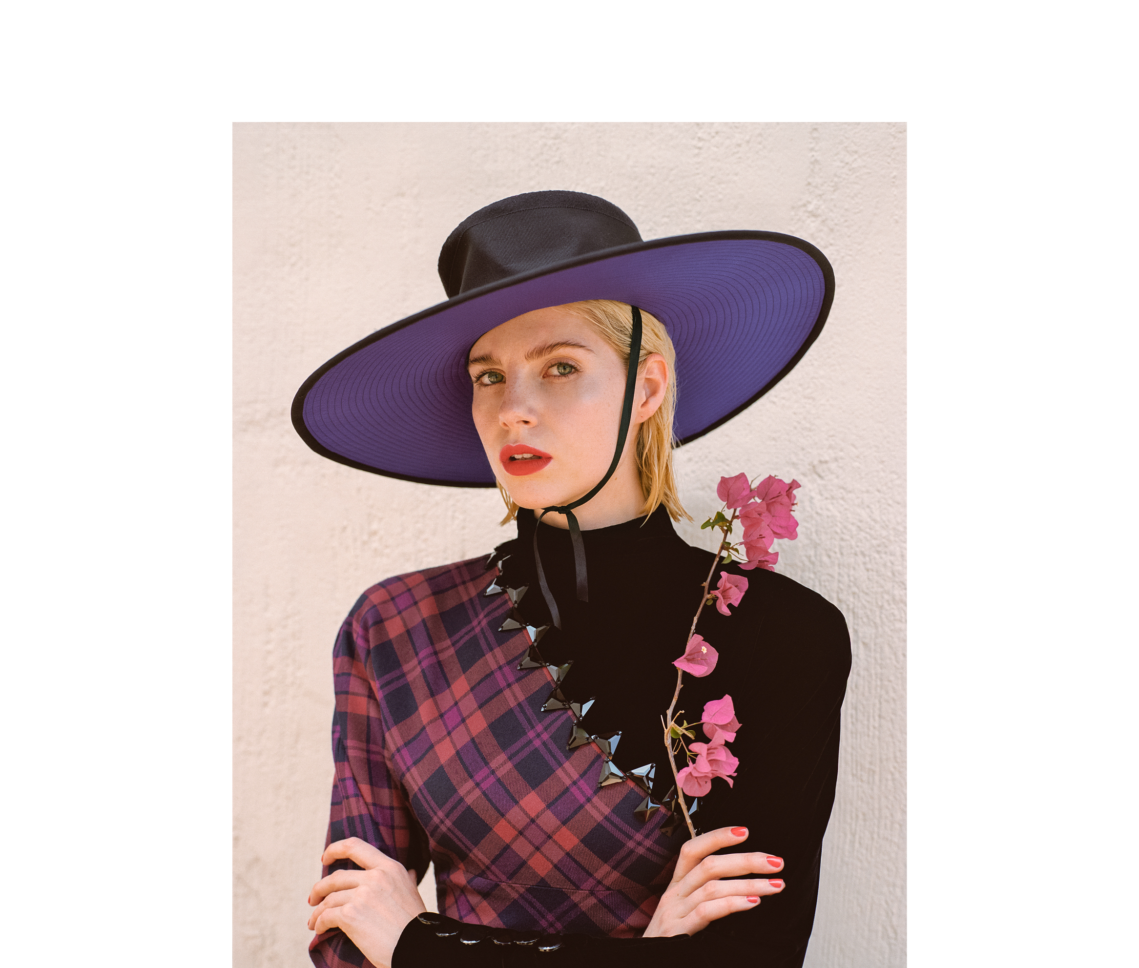 All clothing and hat by Marc Jacobs.